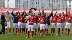 Indosport - Stade Brestois promosi ke Ligue 1.