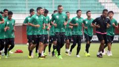 Indosport - Situasi official training PSS Sleman. Ronald Seger Prabowo/INDOSPORT