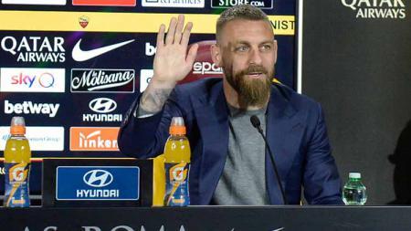 Legenda AS Roma, Daniele De Rossi Resmi Nyatakan Pensiun Usai Tinggalkan Boca Juniors. - INDOSPORT