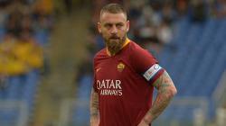 Gelandang bertahan sekaligus kapten AS Roma, Daniele de Rossi.
