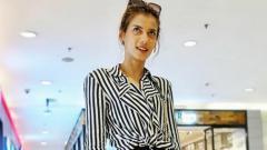 Indosport - Selebgram sekaligus model asal Indonesia bernama Sabrina Chairunnisa baru saja mengunggah foto punggung terbuka lewat media sosial, Instagram.
