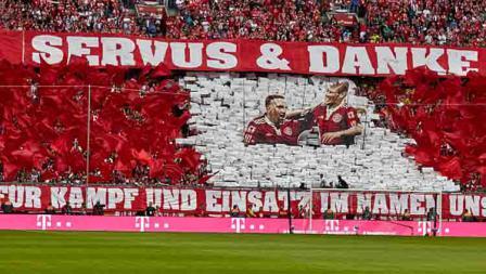 Ucapan terima kasih dari fans Bayern Munchen untuk Franck Ribery dan Arjen Robben