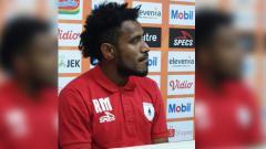 Indosport - Gelandang Bertahan Persipura Jayapura, Ronaldo Meosido.