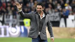 Indosport - Eks kiper Juventus, Gianluigi Buffon hadir di laga Juventus vs Atalanta Serei A Italia. Filippo Alfero - Juventus FC/Juventus FC via Getty Images