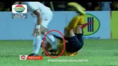 Indosport - Detik-detik Sandi Sute Menginjak Evan Dimas