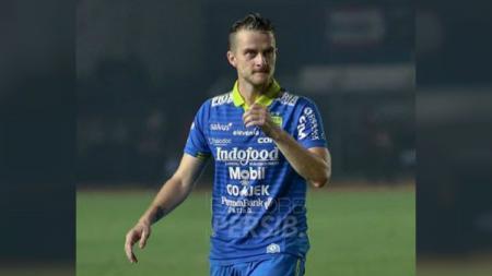 Rene Mihelic rayakan gelar juara klub masa kecilnya, NK Maribor. - INDOSPORT