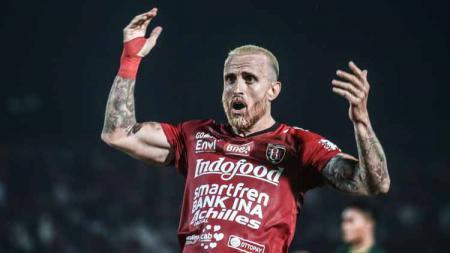Gelandang asa Portugal milik Bali United Paulo Sergio. - INDOSPORT