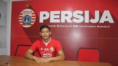 Indosport - Taufik Hidayat merupakan salah satu dari tujuh pemain muda yang masuk ke skuat Persija Jakarta untuk menjalani Liga 1 2019. Foto: Media Persija