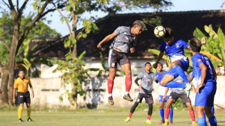 Pertandingan antara Persis Solo vs Persebi Boyolali. Foto: MO Persis Solo - INDOSPORT