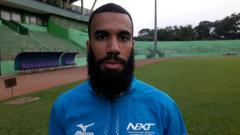 Indosport - Striker Arema FC, Sylvano Comvalius.