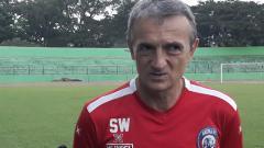 Indosport - Pelatih Arema FC, Milomir Seslija merencanakan pemusatan latihan singkat sebelum laga melawan PSM Makassar.