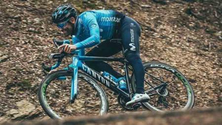 Jose Joaquin Rojas, pebalap sepeda profesional asal Spanyol sempat menjadi perbincangan usai menunjukkan bentuk kakinya. - INDOSPORT
