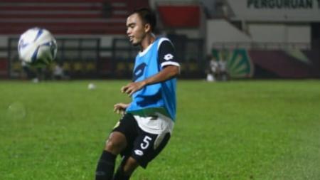 Muhammad Fatturochman, bek kiri Bhayangkara FC - INDOSPORT
