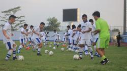 Persib Bandung tengah menggelar latihan di Stadion SPOrT Jabar, Arcamanik, Minggu (26/05/19)