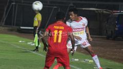 Indosport - Gelandang Perseru Badak Lampung, Abdulrahman Lestaluhu, pinjaman dari Semen Padang.