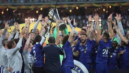Kegembiraan SKUAT Chelsea melakukan selebrasi sebagai juara Liga Europa, 29/05/19. Resul Rehimov/Anadolu Agency/Getty Images