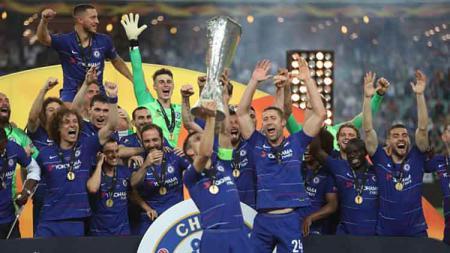 Kemeriahan tim Chelsea merayakan kemenangan juara Liga Europa, 29/05/19. Resul Rehimov/Anadolu Agency/Getty Images - INDOSPORT