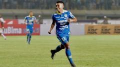 Indosport - Penampilan moncer Febri Hariyadi bersama Persib Bandung membuat dirinya saat ini dikabarkan menjadi target transfer nomor satu Muangthong United.
