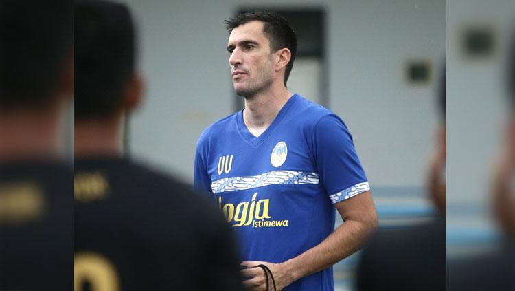 Pelatih PSIM Yogyakarta Vladimir Vujovic. Copyright: Twitter/@PSIMJOGJA