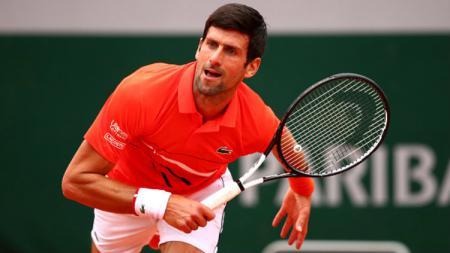 Novak Djokovic di hari kelima Prancis Terbuka 2019 melawan Henri Laaksonen. - INDOSPORT