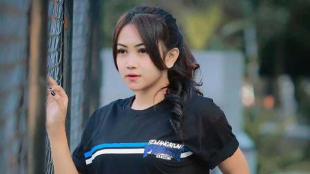 Novi Siti Khairunissa, Bobotoh cantik - INDOSPORT
