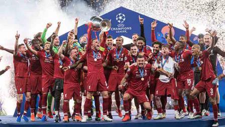 Kegembiraan ditunjukan oleh para pemain Liverpool usai keluar sebagai juara Liga Champions musim ini. TF-Images/Getty Images