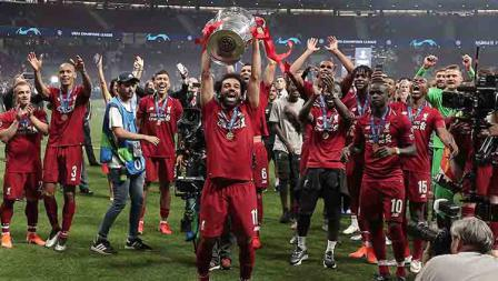 Mohamed Salah ikut menyumbangkan gol di laga final Liga Champions ke gawang Tottenham lewat tendangan penalti. Burak Akbulut/Anadolu Agency/Getty Images