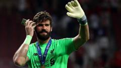 Indosport - Alisson Becker pembelian terbaik Liverpool 2018/19. Matteo Ciambelli/NurPhoto via Getty Images