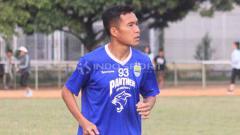 Indosport - Gelandang sayap Persib Bandung, Erwin Ramdani. Foto: Arif Rahman/INDOSPORT