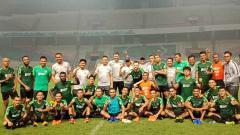 Indosport - Timnas Indonesia senior saat usai latihan.
