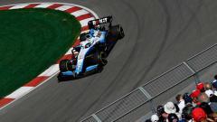 Indosport - Nicholas Latifi saat sedang berada di lintasan balap.