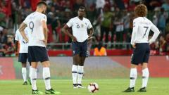 Indosport - Paul Pogba dan kembarannya lakukan aksi lucu ketika menari Pogdance.