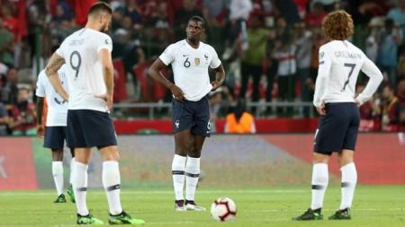 Paul Pogba, Antoine Griezmann, dan Olivier Giroud hanya tertunduk lesu melihat Prancis kalah, Evrim Aydin/Anadolu Agency/Getty Images - INDOSPORT