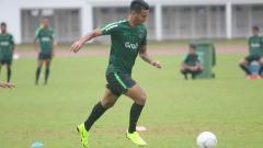 Indosport - Pemain Timnas Indonesia U-23, Muhammad Rafli mencetak hattrick dalam laga melawan Filipina di Merlion Cup 2019.