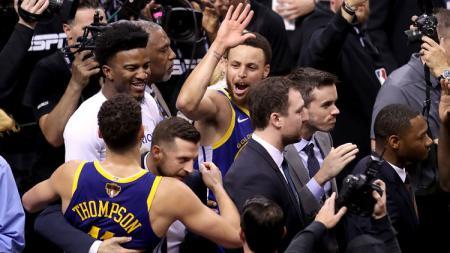 Selebrasi pebasket Golden State Warriors, Stephen Curry. - INDOSPORT