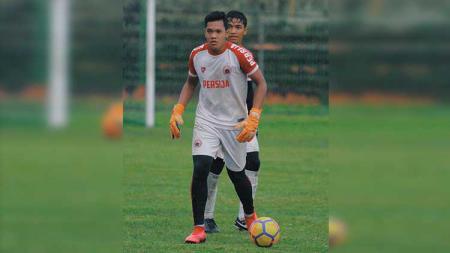 Susul Garuda Select II ke Italia, kiper muda milik Persija Jakarta, Muhammad Risky Sudirman mengaku siap diandalkan dalam laga uji coba. - INDOSPORT