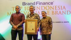 Indosport - Bank bjb sukses masuk 100 brand paling bernilai 2019.