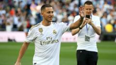 Indosport - Eden Hazard merasakan sejumlah perbedaan setelah hengkang dari Chelsea ke Real Madrid, termasuk dukungan para suporter. Angel Martinez/Getty Images.