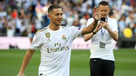 Eden Hazard saat menyapa puluhan ribu fans Real Madrid, Angel Martinez/Getty Images - INDOSPORT