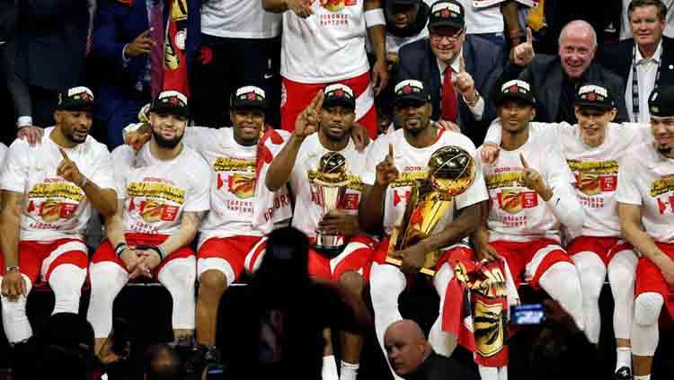 Sesi foto tim Toronto Raptors juara NBA musim ini. Jumat, 14/06/19. Cunningham/Getty Images Copyright: Cunningham/Getty Images