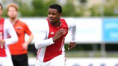 Indosport - Edwin Soenarto, pemain tim amatir Ajax Amsterdam keturunan Jawa Indonesia