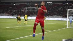 Indosport - Beto Goncalves menjadi bintang di laga ujic oba melawan Vanuatu di Stadion Utama Gelora Bung Karno dengan mencetak 4 gol, Sabtu (15/06/19). Foto Herry Ibrahim