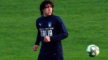 Sandro Tonali, gelandang Brescia. - INDOSPORT