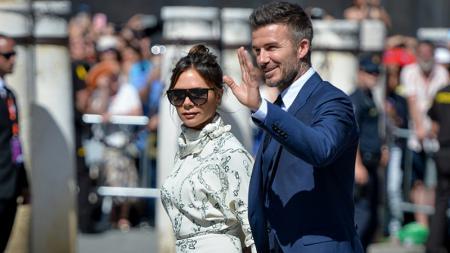 Victoria Beckham datang ke acara pernikahan David Beckham. - INDOSPORT