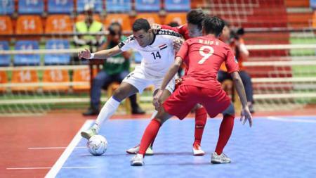 Timnas Futsal Indonesia U-20 saat berhadapan dengan Irak di Piala AFC Futsal U-20 2019, Minggu (16/06/19). - INDOSPORT