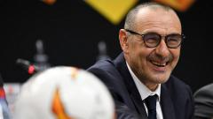 Indosport - Maurizio Sarri resmi menjadi pelatih Juventus menggantikan Massimiliano Allegri. Alexander Scheuber - UEFA/UEFA via Getty Images.