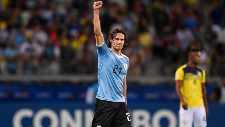 Edinson Cavani merayakan gol dalam pertandingan Copa America 2019 antara Uruguay vs Ekuador. (Foto: Pedro Vilela/Getty Images) Copyright: Pedro Vilela/Getty Images