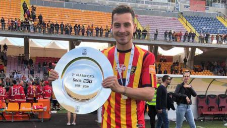 Thom Haye, pesepak bola Belanda keturunan Indonesia yang tengah bermain untuk klub Italia, Lecce. - INDOSPORT