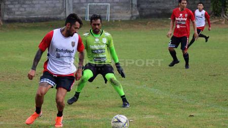 Stefano Lilipaly Bali United dalam sesi latihan. - INDOSPORT