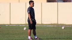 Indosport - Danang Suryadi resmi menjadi pelatih fisik baru Persebaya Surabaya.
